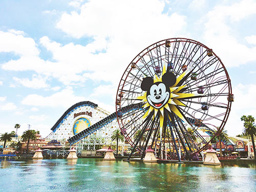 Sharing why Get Away Today is the ONLY place that I will purchase my Disneyland tickets! If you're on a budget and going to Disneyland, read this! | whitjxoxo.com