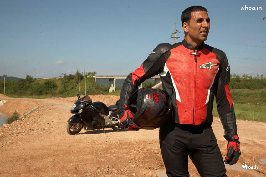 Emotional Love Wallpapers With Quotes Akshay Kumar Stunts In Real