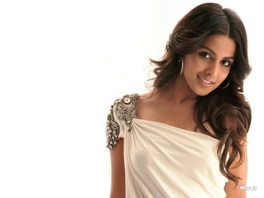New Bollywood Girl Wallpaper Genelia D Souza In White Dress With White Background Wallpaper