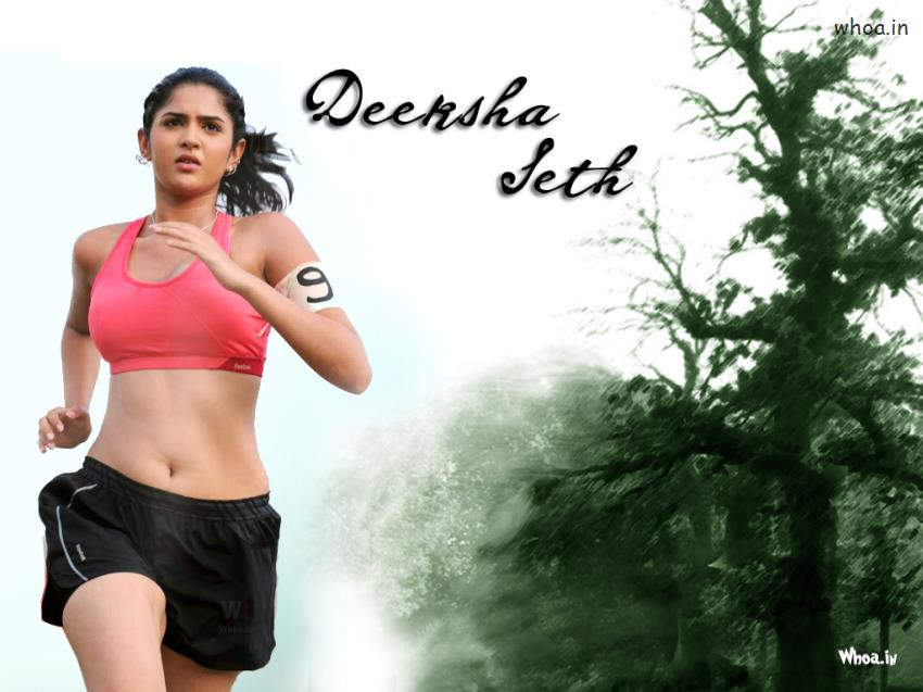 Pubg Wallpaper Gif Deeksha Seth Running On The Road
