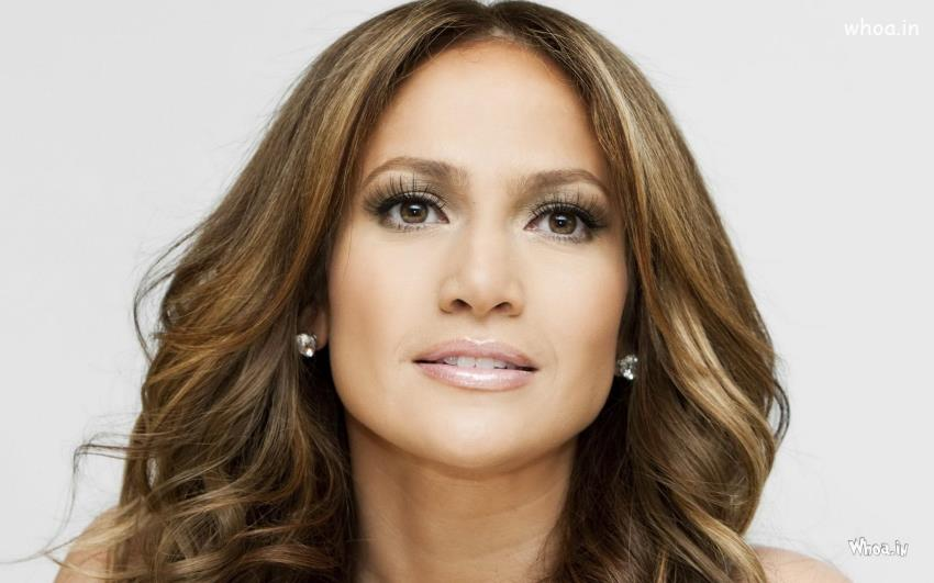 Jennifer Lopez Beautiful Close Up Face Wallpaper