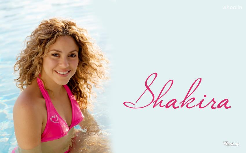 Cute Friendship Quotes Hd Wallpapers Hot Shakira In Swimming Pool