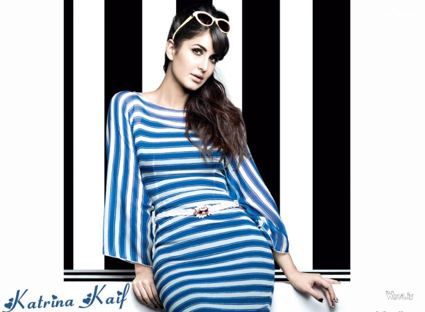 Lord Buddha Animated Wallpapers Katrina Kaif Blue Amp White Dress With Black Amp White Background