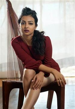 Janmashtami Quotes Wallpapers Radhika Apte Bollywood Actress Hd Wallpaper Film Actress