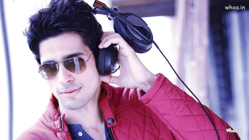 3d God Krishna Wallpaper Download Siddharth Malhotra Sunglass With Red Jacket Hd Bollywood