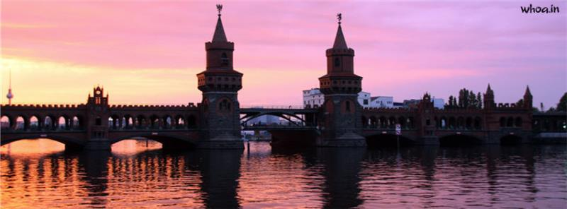 Happy Friendship Day 3d Wallpaper Berlin Bridge City Facebook Cover
