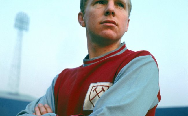 20 Years Gone R I P Bobby Moore A Life In Photos Who