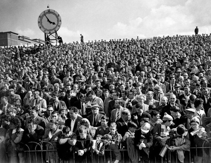 Soccer - League Division One - Arsenal v Wolverhampton Wanderers - Highbury
