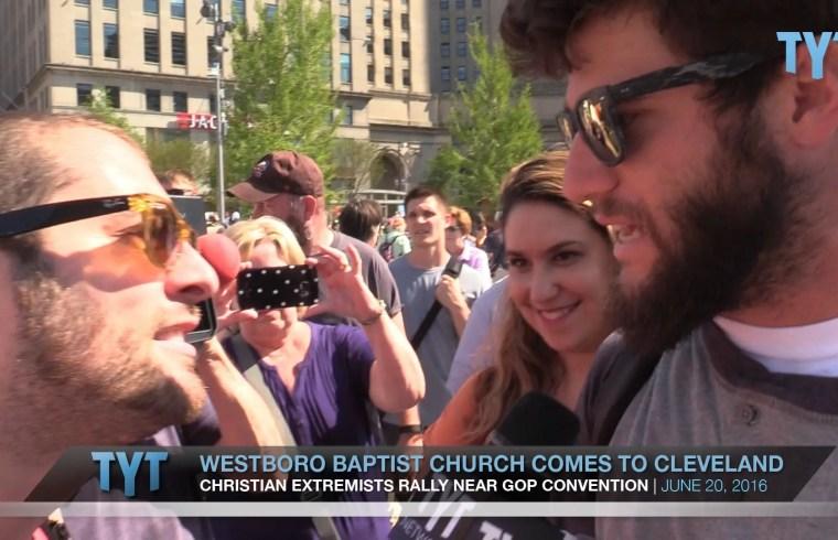 Islamaphobic Trump Supporter May Have Hots for Jordan Chariton 1