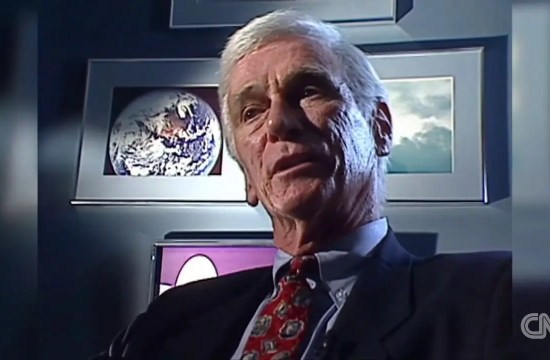 CNN - NEWS - Last man to walk the moon, Gene Cernan, dies 37