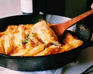 Spring clean eating meal plan: Mushroom and herbed ricotta cannelloni