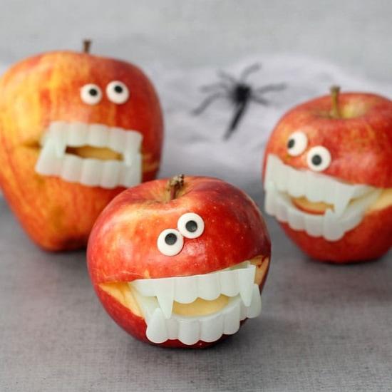 Healthy Halloween Treats: vampire apples