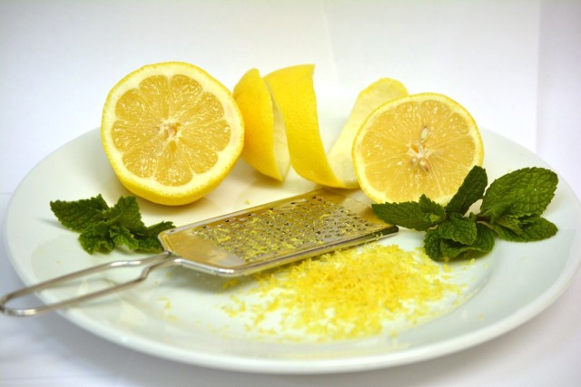 Lemon peel lesser known medicinal facts and benefits. Lemon peel facts benefits anti cancerous