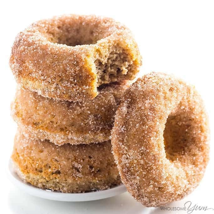 Low Carb Donuts Recipe - Almond Flour Keto Donuts - This keto low carb donuts recipe is made with almond flour. They're even paleo, gluten-free, and easy using common ingredients! Detail: low-carb-donuts-recipe-almond-flour-keto-donuts-img-5407