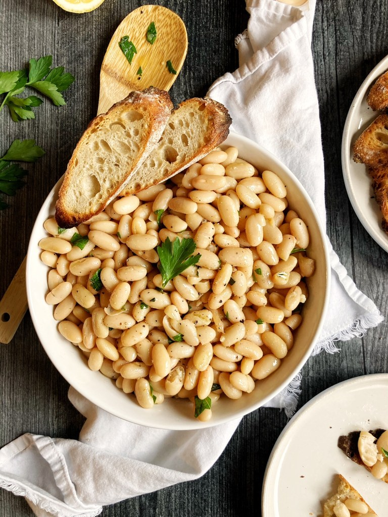 Garlicky Marinated White Beans
