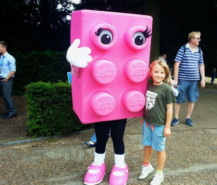lego pink brick