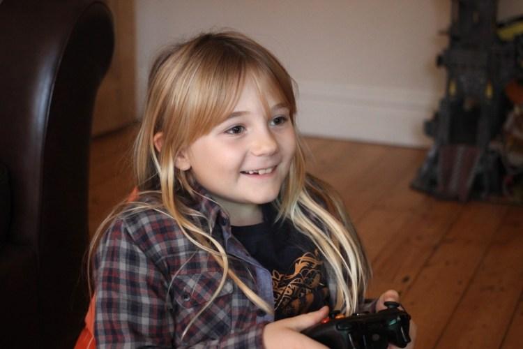 Flea video games chair