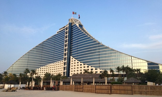Review: Jumeirah Beach Hotel, Dubai