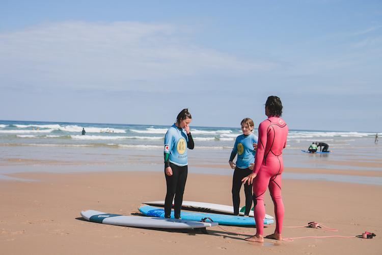 surf schools in biscarrosse for kids