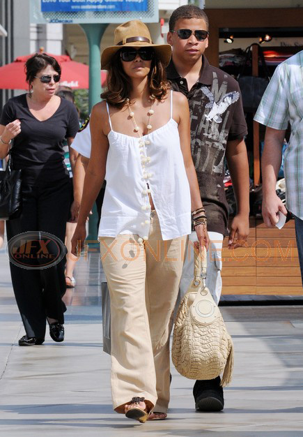 Halle Berry Hits The Mall With Her 19 Year Old Son
