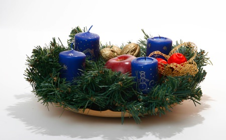 A Wreath Advent Crown
