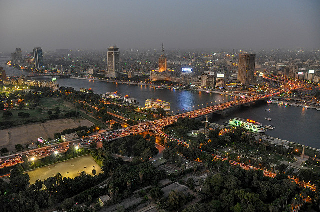 Kasr El-Nil Bridge which leads from Downtown to Zamalek by Jorge Láscar via Flickr