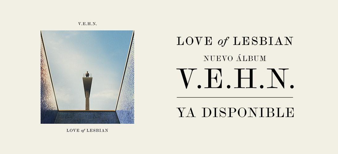 "Love of Lesbian despega en un nuevo ""Viaje épico hacia la nada"" (V.E.H.N)"