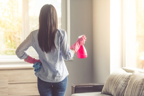 How to Save Time When Keeping Up with House Cleaning?