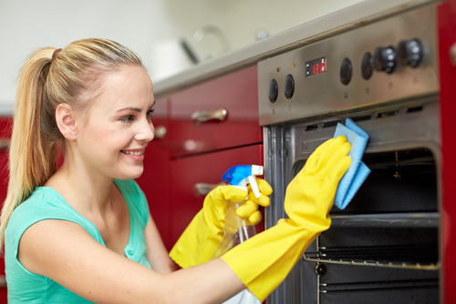 What do I need to know before hiring a cleaning service