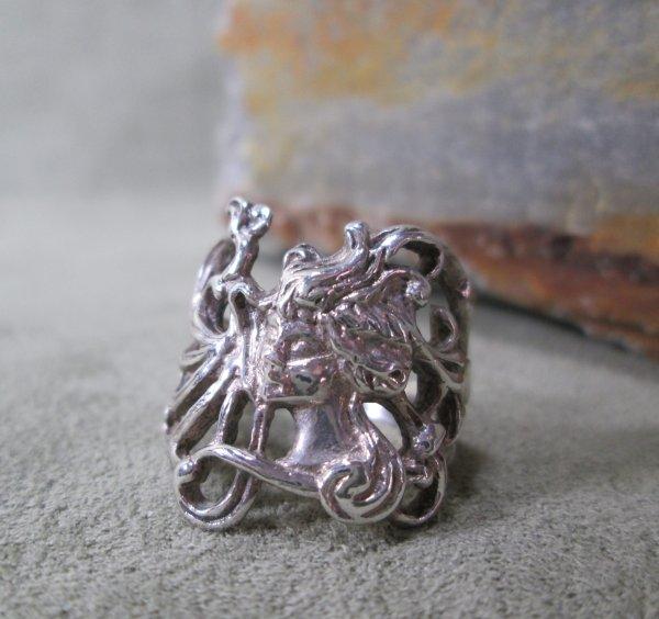 Art Nouveau Portrait Ring