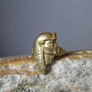 Bronze Pharoh Ring