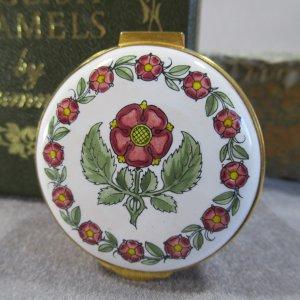 Crummles Enamel Lancaster Rose