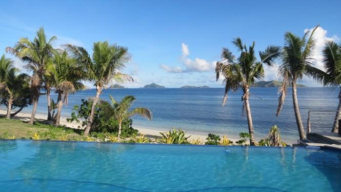 Mamanuca Islands stay / Mana Island resort