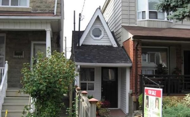 Toronto S Itty Bitty Tiny House With A Big Price Wicked Blog