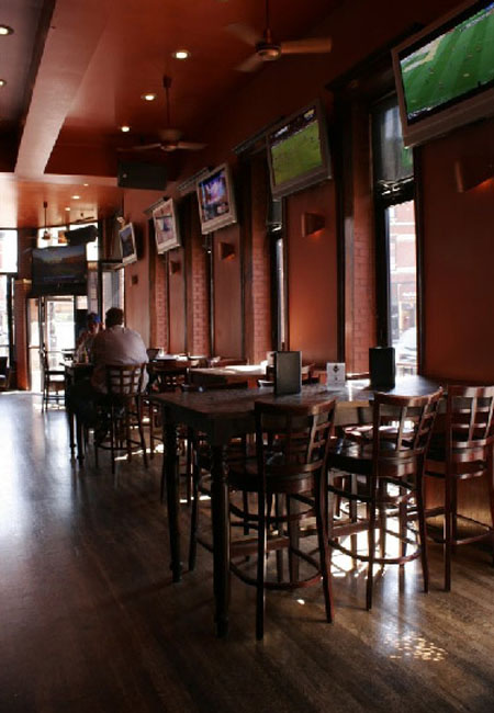 Wicker Park Tavern  Wicker Park Bars  Chicago IL