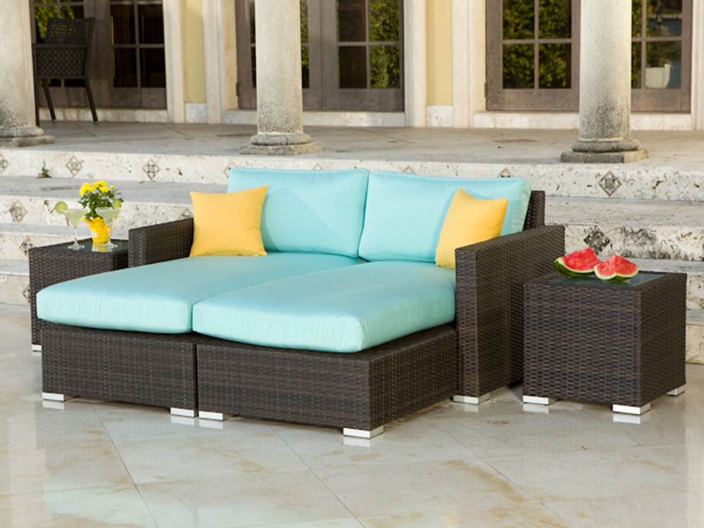 Source Outdoor Lucaya Wicker 4 Piece Sectional Chaise
