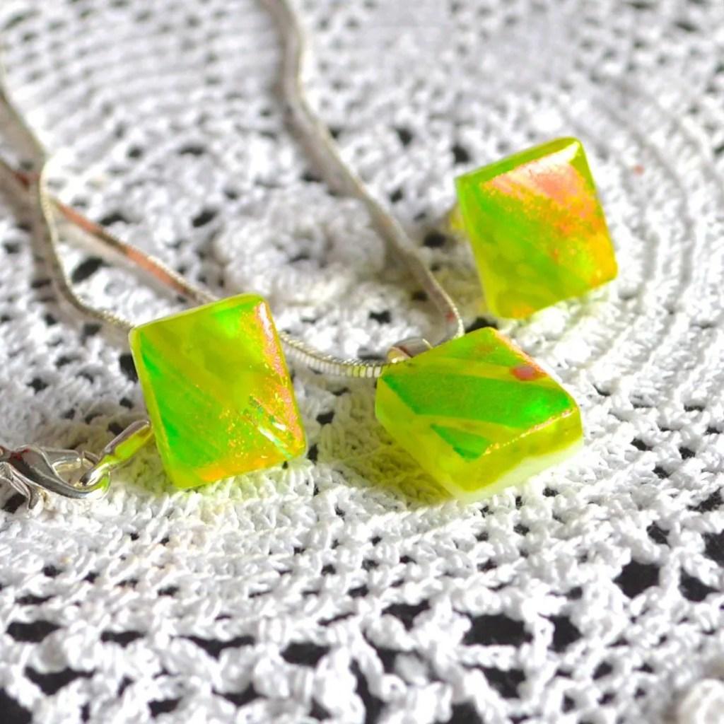 Wickstead's-AWDesignsUK-Lime-Green-&-Orange-Dichroic-Glass-Stud-Earrings-&-Pendant-Necklace-Jewellery-Set (1)