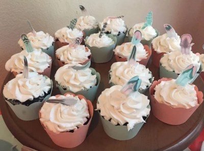 Wickstead's-Customer-Photo-of-our-Cotton-Candy-Feathers-on-Birthday-Cupcakes-(5)