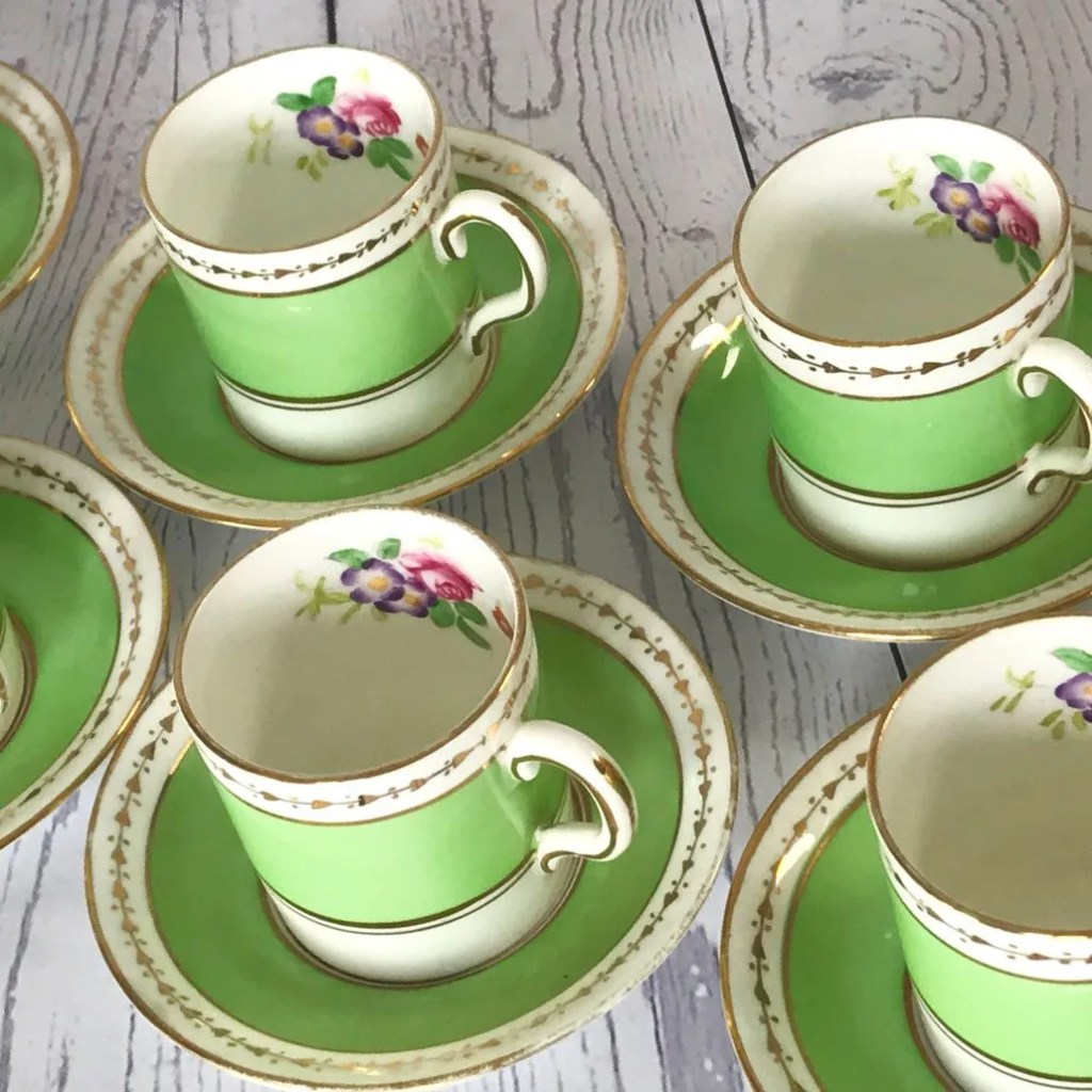 Wickstead's-Home-&-Living-Dainty-Coffee-Can-Cups-&-Saucers-Spring-Lime-Green-Set-(2)