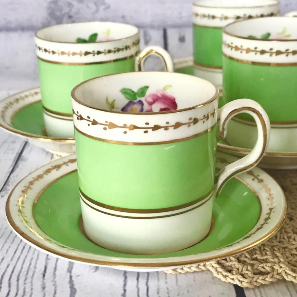 Wickstead's-Home-&-Living-Dainty-Coffee-Can-Cups-&-Saucers-Spring-Lime-Green-Set-(4)
