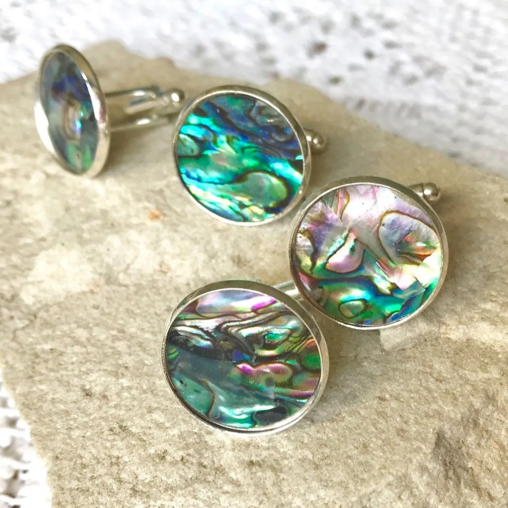 Wickstead's-Mr-Wickstead-Abalone-Paua-Shell-Set-Silver-T-Bar-Cufflinks-Colourful-Iridescent-Blue-Green-Rainbow-(1)