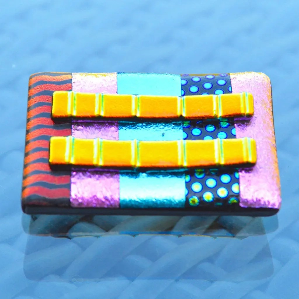 AWD-Large-Dichroic-Brooch-patterned-striped-&-lines-(1)