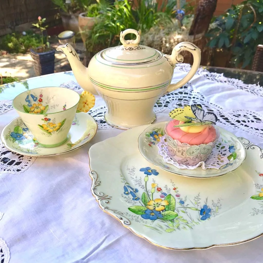 Wicksteads-Home-&-Living-Teapot-1930s-CreamWare-(7)