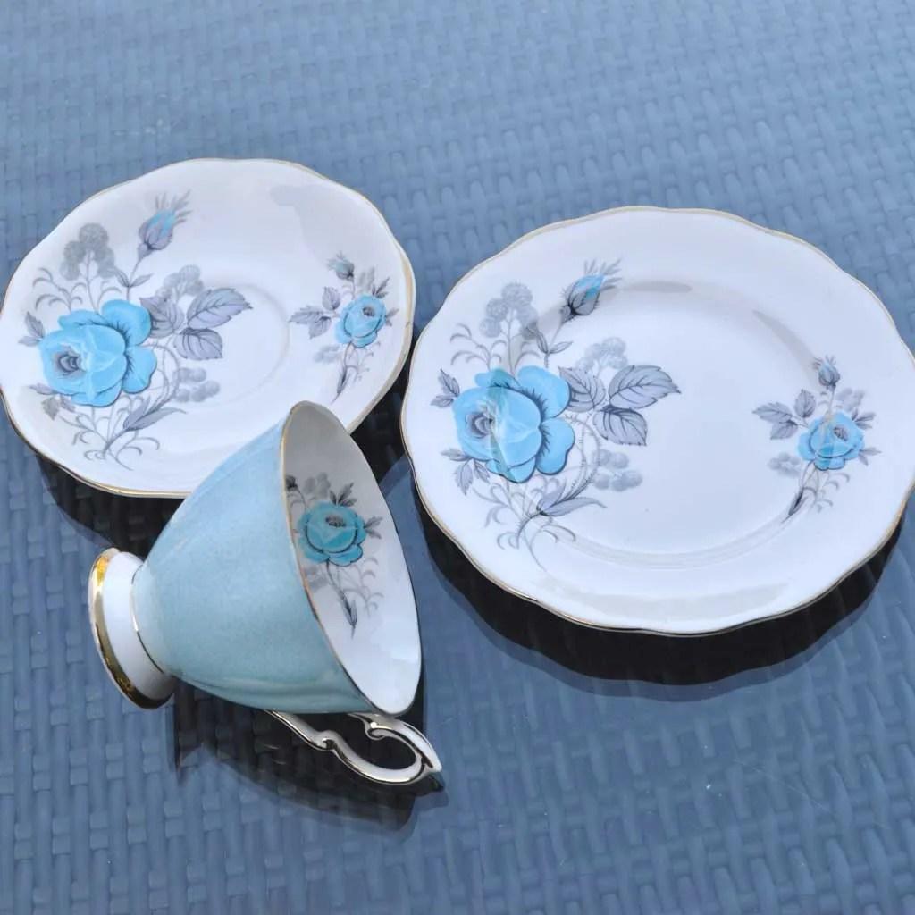 Wicksteads-Home-&-Living-Vintage-Teacups–Royal-Standard-Blue-Rose–(3)