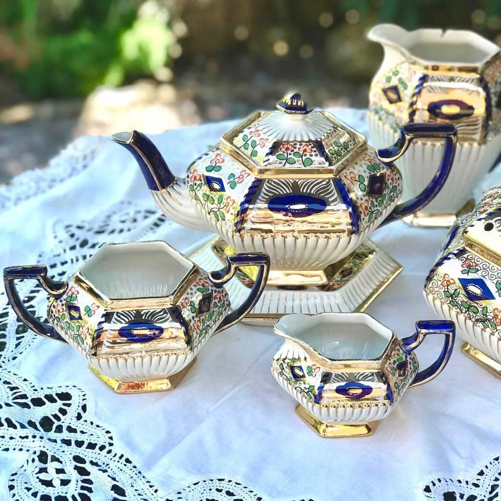 Wicksteads-Home-&-Living3-Pce-Imari-Teapot-Set-(2-)