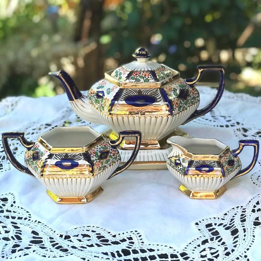 Wicksteads-Home-&-Living3-Pce-Imari-Teapot-Set-(5-)
