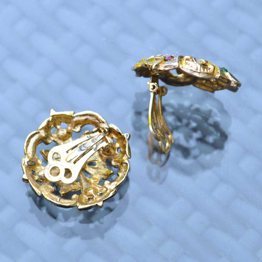 Wicksteads-Jewels-and-Treasures-Vintage-Clip-Earring-Gold-with-Coloured-Rhinestones–(3)
