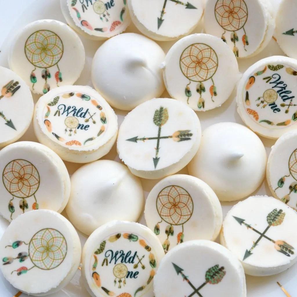 Wickstead's-Eat-Me-Edible-Meringue-Transfer-Sheets–Chocolate-Orange-&-Cotton-Candy-Wild-One-Circles,-Dreamcatchers-&-Arrows-(1)