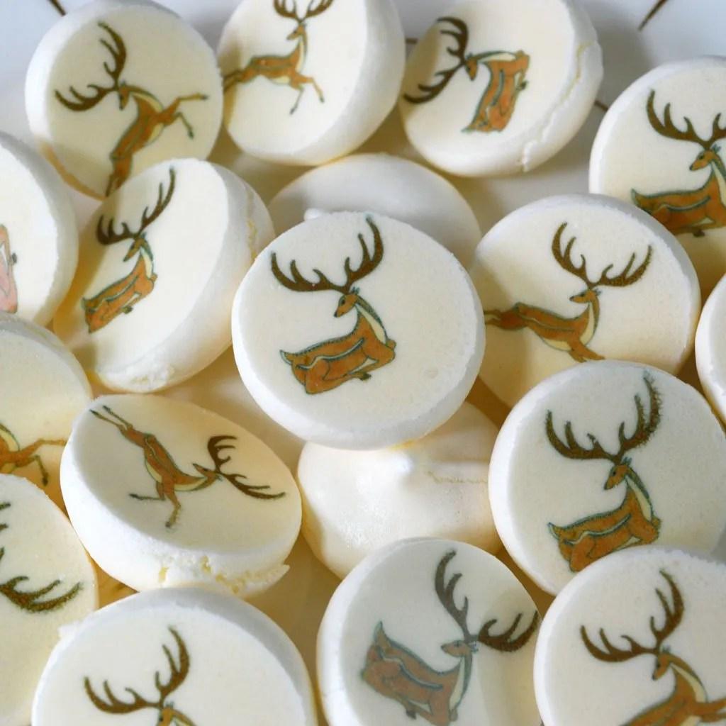 Wickstead's-Eat-Me-Edible-Meringue-Transfer-Sheets—Deers-(1)