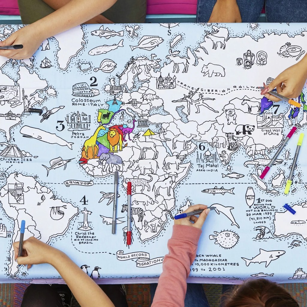 MAPTS world map tablecloth lifestyle 1